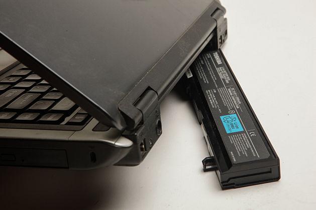 Включать ноутбук без батареи
